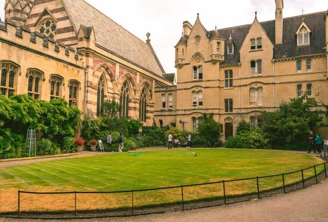 Cool or unusual things to do in England - balliol-college-oxford