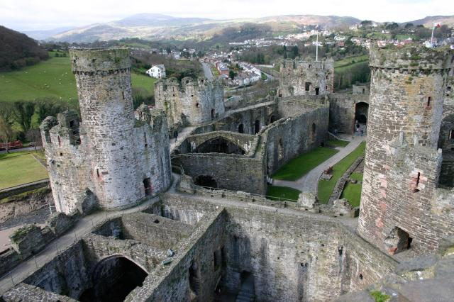 Britain's 17 Most Amazing Castles You Must Visit - Conwy Castle