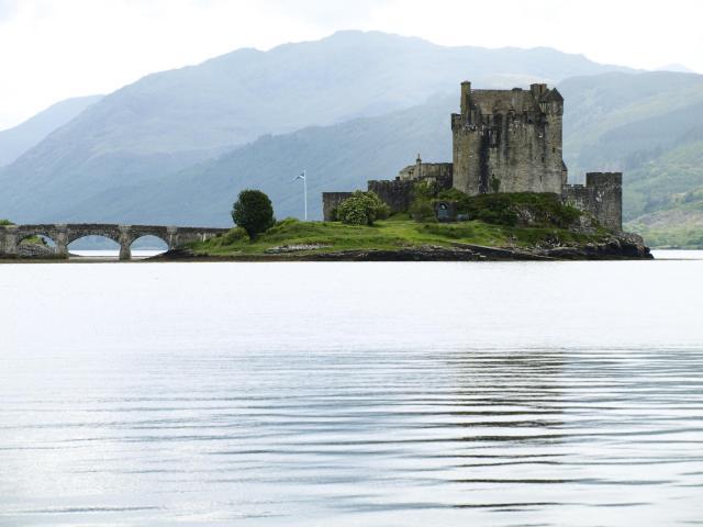 Britain's 17 Most Amazing Castles You Must Visit - Eilean Donan Castle
