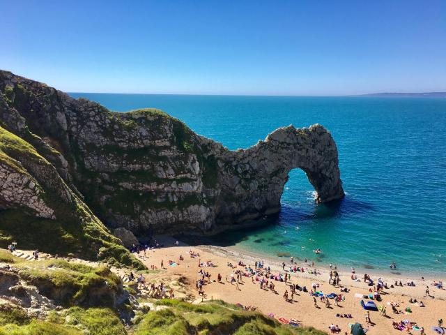 Cool or unusual things to do in England - Durdle Door essentially-english-experiences
