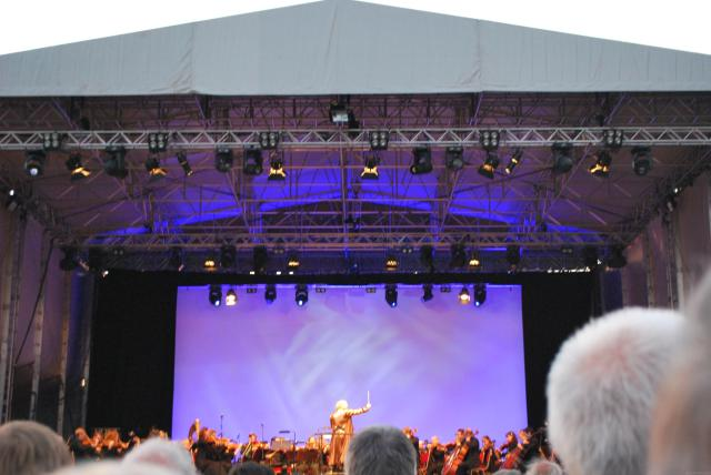 7 Cool Bucket List UK Destinations For Music Lovers - Royal Liverpool Philharmonic Orchestra