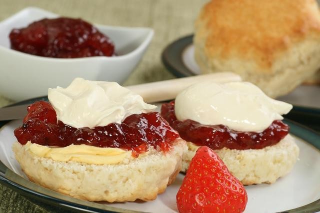 Great Eats of Britain: 61 Traditional British Foods To Try On Your Travels - Scones With Jam And Cream