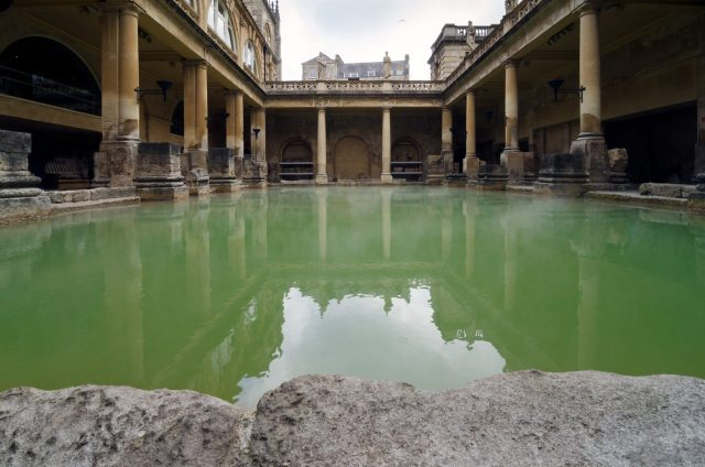 10 Day UK Itinerary - Bath, Roman Baths and Spa