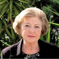 Clara Späti-Miembro Honorario