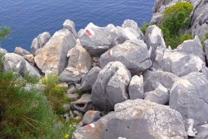 Well marked cliff scramble