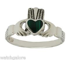 a celtic ring 4
