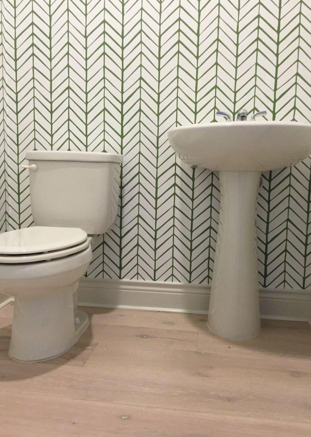 Serena Amp Lily Feathers In A Powder Bathroom Cypress