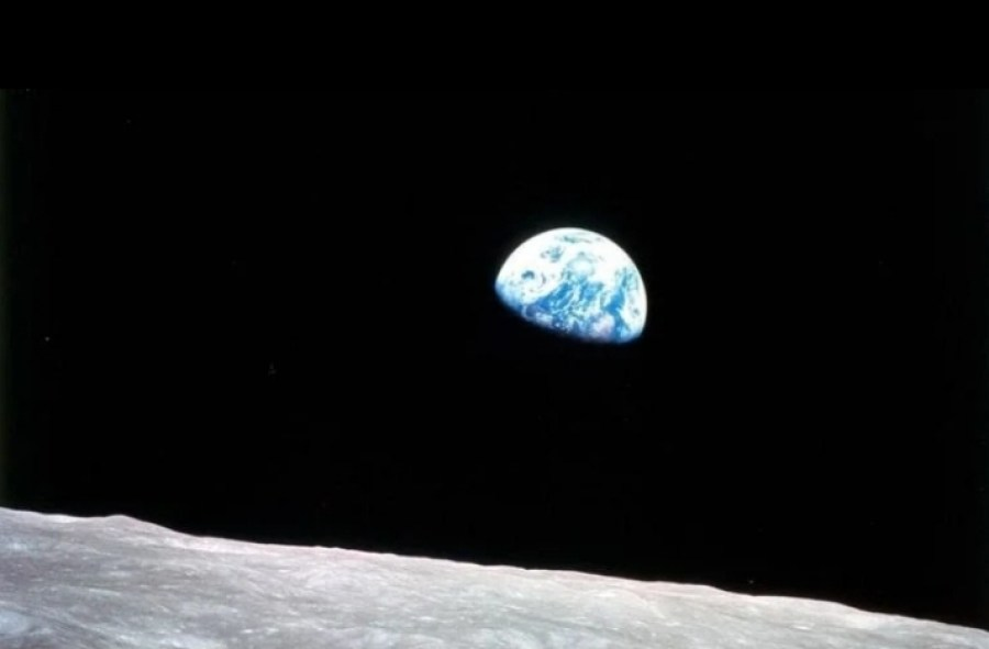 Earthrise-from-Apollo-8