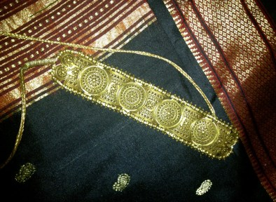 antique-gold-with-rubies-and-pearls-craftsbazaar-made-1_1