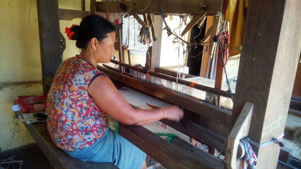 manipur-weaver