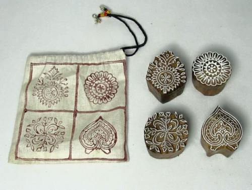 Meet-the-Master-Series-Shree-Ajmal-Khan-Woodwork-Artisan -of-Saharanpur-Uttar-Pradesh-India-Aparna-Challu-jpg (10)