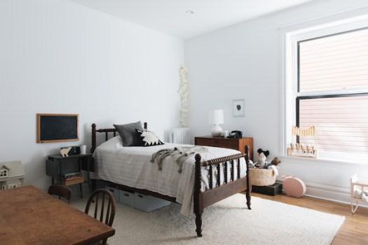 home tour: monochromatic oasis on apartment 34