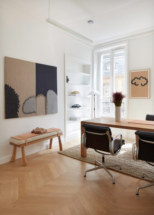 Birkenstock 1774 showroom in Paris on Apartment 34