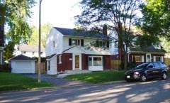2052 Black Friars Road (McKellar Park) - 2975$