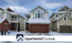 538 Bretby Crescent (Barrhaven/Nepean) - 2299$