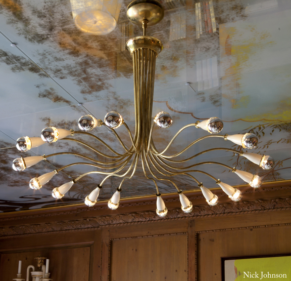 This Piece Makes Me Sighu2026ahhhu2026.18 Arm Brass Chandelier By Lumi From John  Salibello Antiques. 212 838 5767