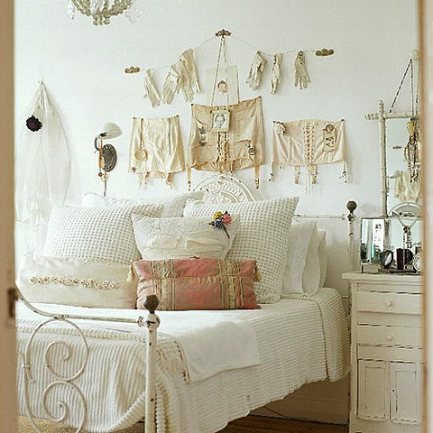 vintage style bedrooms | Creative Living & Design for the Apartment ...