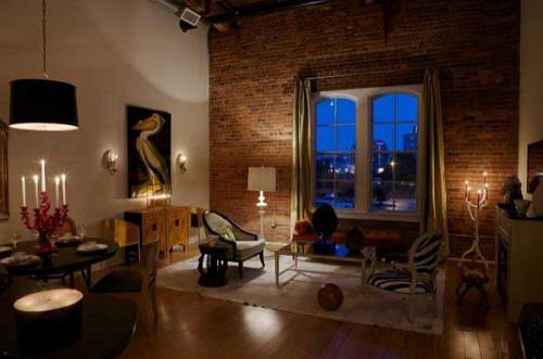 Elegant-Living-Room-with-Exposed-Brick-Wall-Design