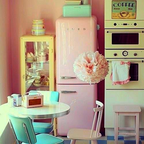 pale vintage kitchen1
