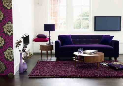 Floral-Theme-Living-Room-Beautiful-Purple-Sofas-Round-Coffee-Table