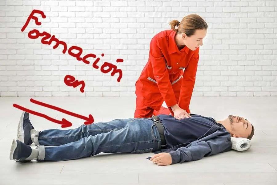 El Hospital Virgen Macarena forma en reanimación cardiaca a profesionales de APASCIDE
