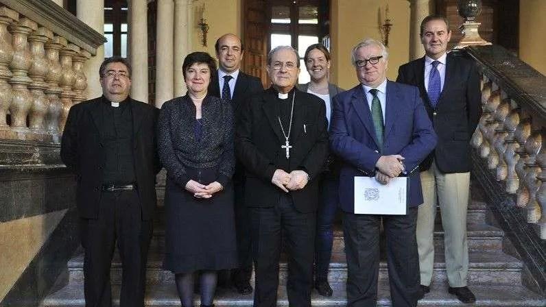 La Hermandad de la Vera Cruz dona 100.000 euros
