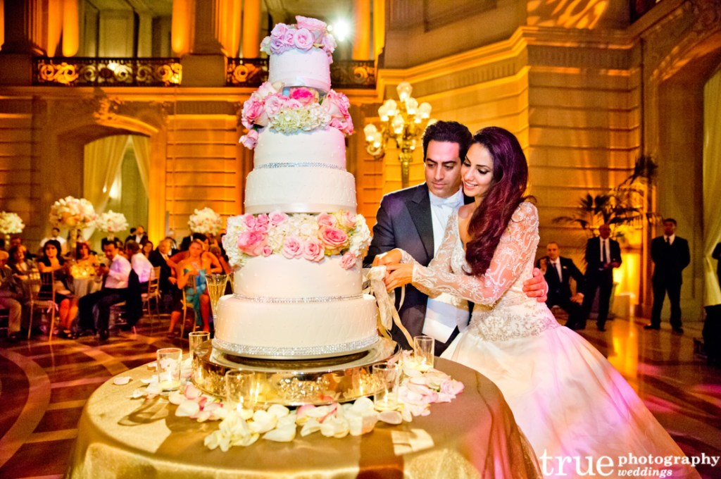 Wedding Traditions Explained Cake Cutting Tradition