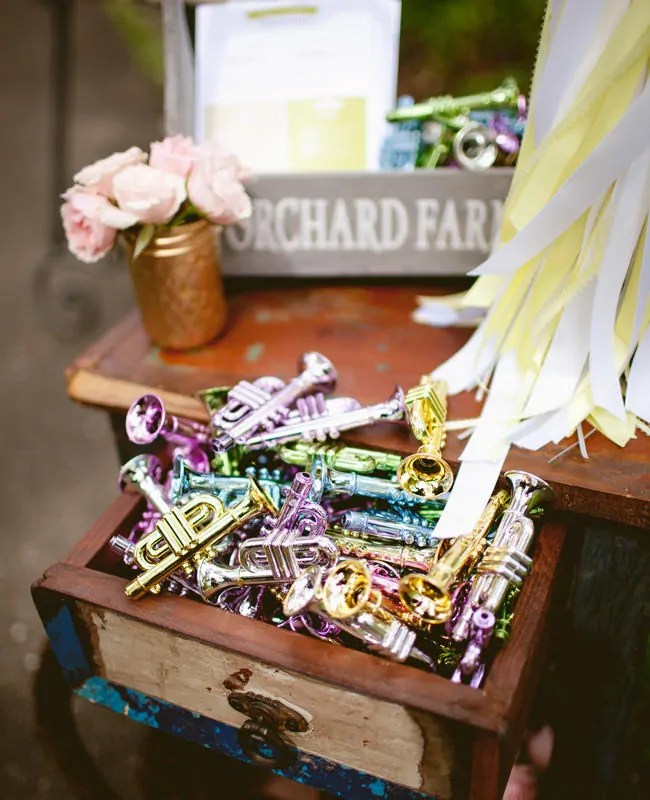 Wedding ideas for music lovers wedding ideas for music lovers junglespirit Choice Image