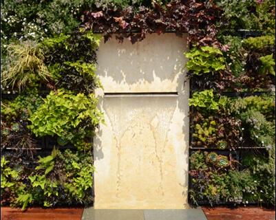 green-wall-fountain