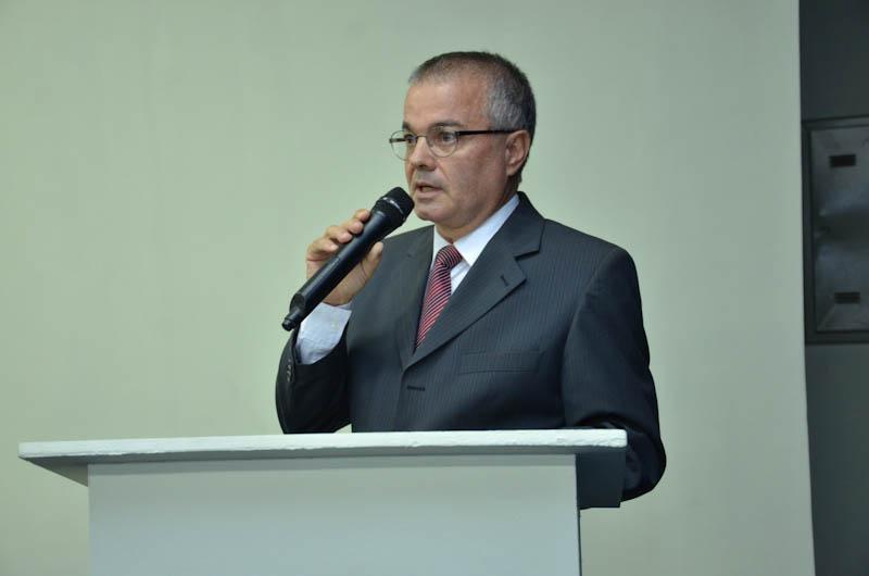 Posse de Flávio Gomes de Barros na APE
