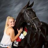 CCUSD: Nicole Larson CSHS '18 Letters as Equestrian