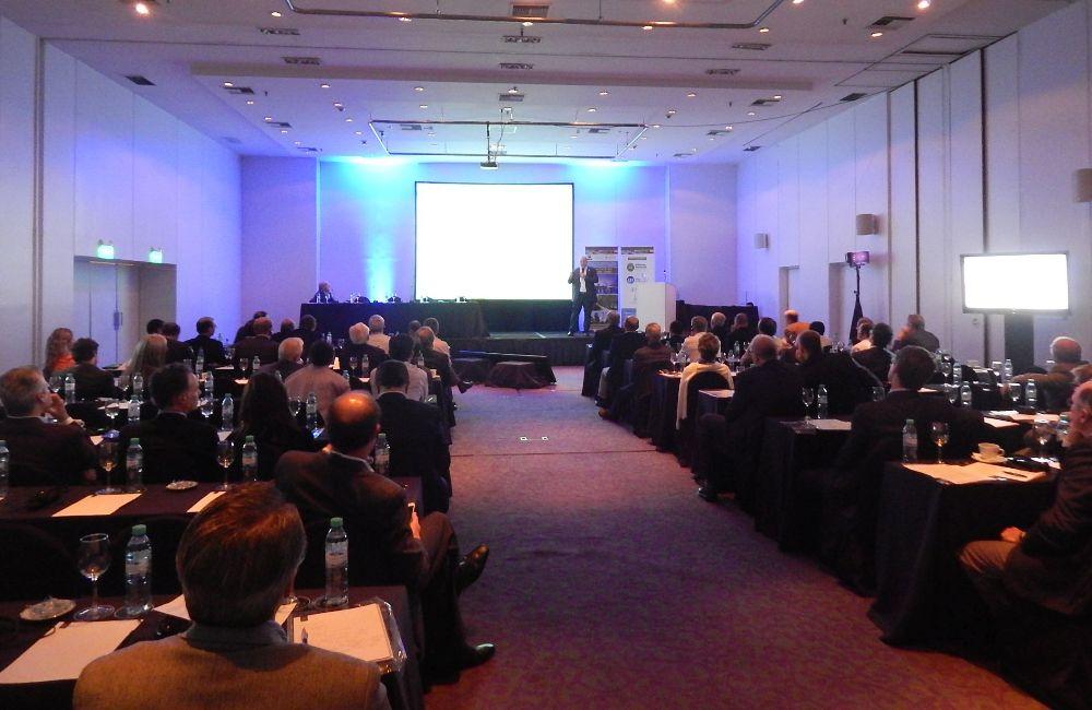 Corrientes presentó su oferta forestoindutrial ante inversores extranjeros