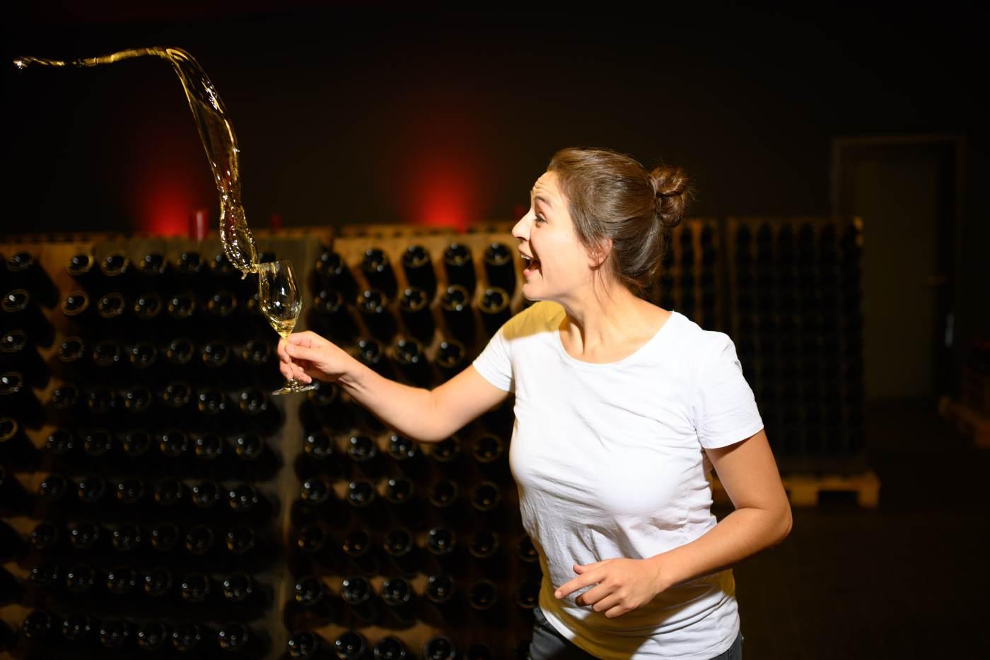 Virtuelle-Weinprobe-mit-Viola