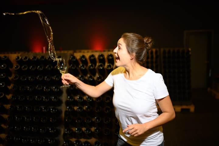 Virtuelle Weinprobe: Live Tasting mit Viola