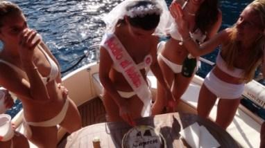 Addio al Nubilato in Barca a vela o motore inun lusso unico