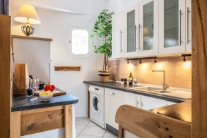 rental apartment nice france kitchen