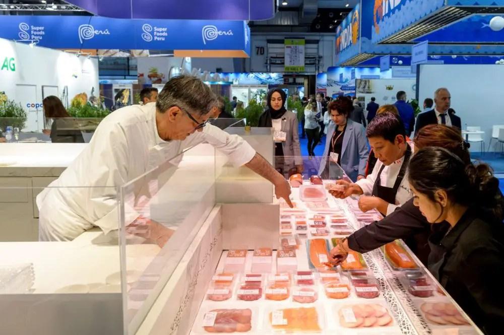 https://i2.wp.com/apetitoenlinea.com/wp-content/uploads/2019/09/Seafood-Expo-Global-Seafood-Processing-Global-e1568998582312.jpg?fit=1200%2C799&ssl=1
