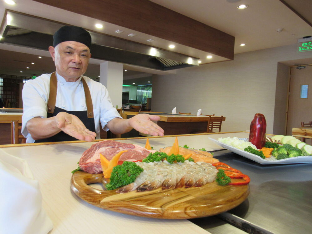 Conozca al Chef japonés Toshihiko Ochi