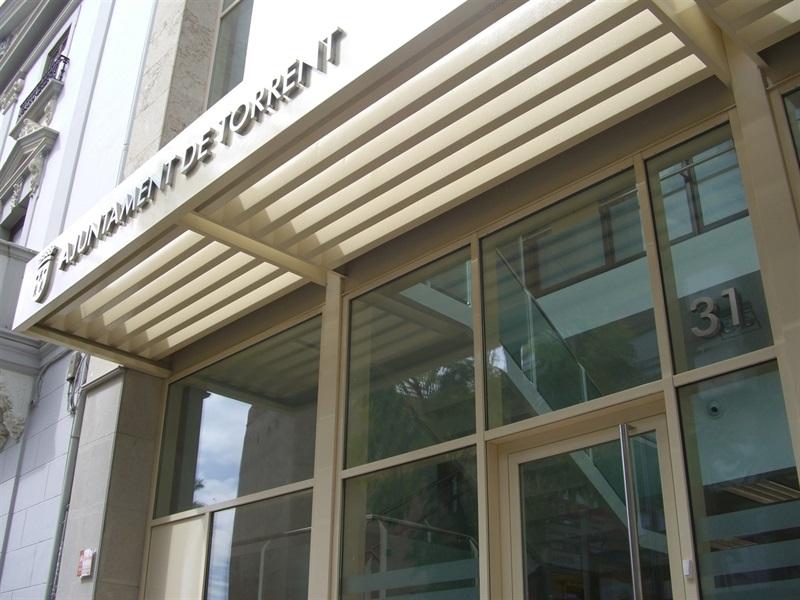 El PP de Torrent critica que se vaya a gastar 106.000 euros en un ascensor para Nous Espais