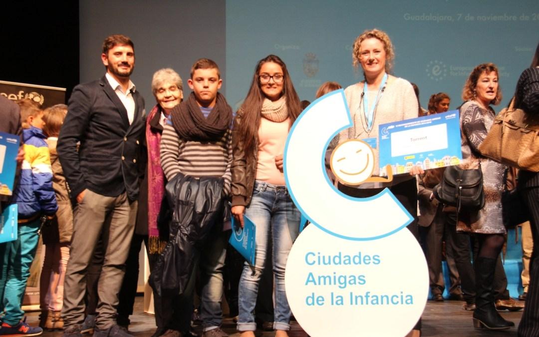 Torrent recibe el Sello de Reconocimiento de Ciudad Amiga de la Infancia 2014-2018