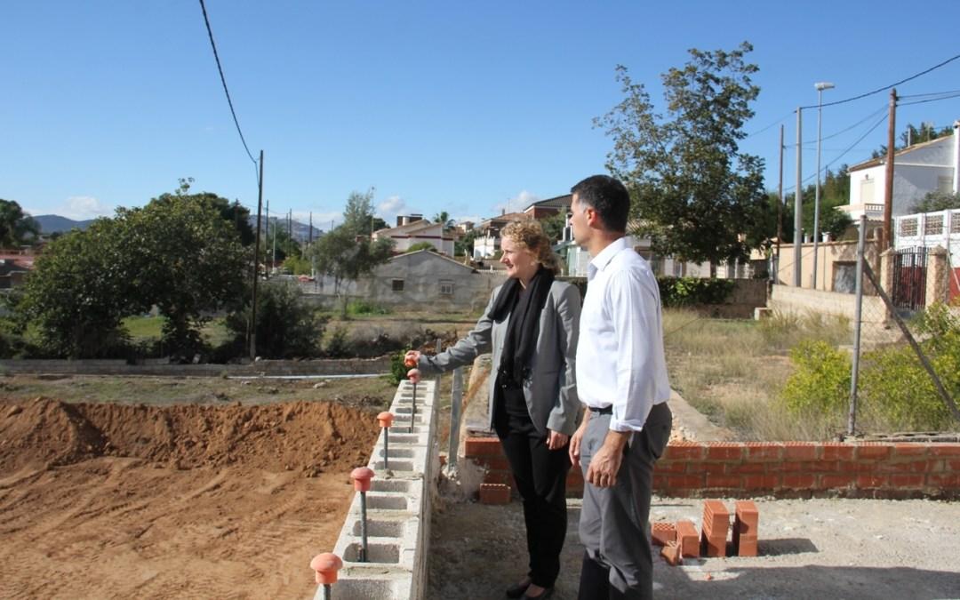 Una nueva pista multideportiva y una zona de aparcamiento completarán el área recreativa de El Pantano de Torrent