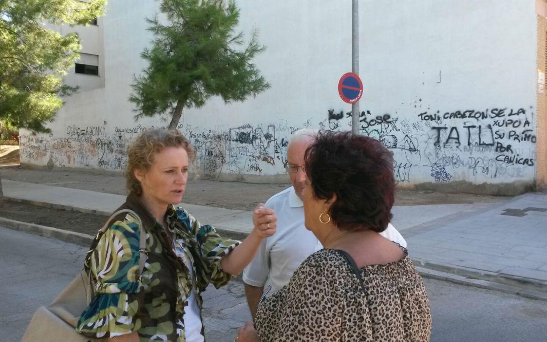 El PP de Torrent solicita que se limpie un solar junto a la calle Jesús