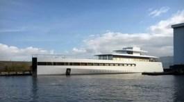 steve-jobs-yacht-venus1