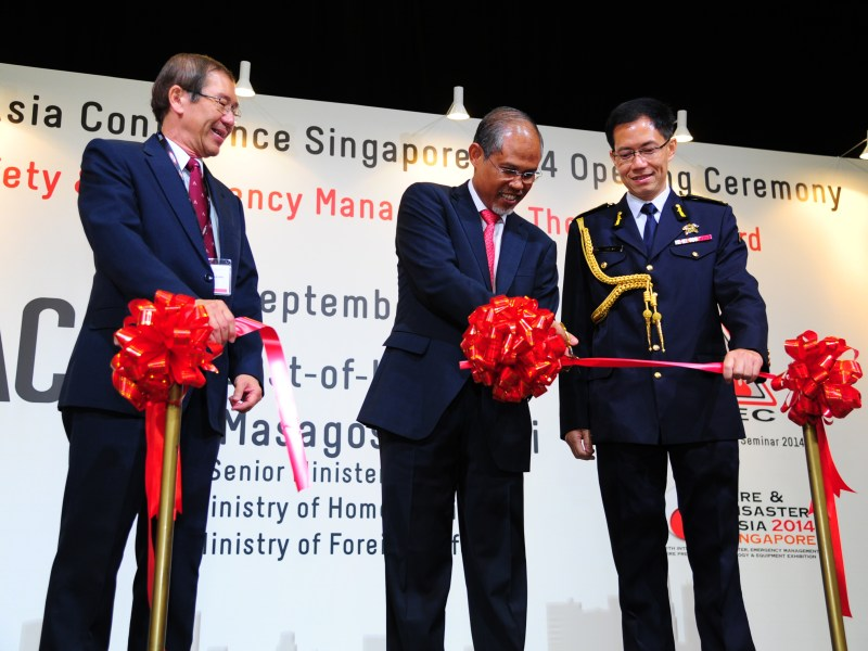 Ribbon cutting ceremony to mark the official opening ceremony of Fire and Disaster Asia 2014 and Fire Safety Asia Conference 2014 1