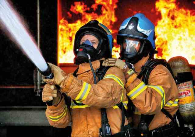 Why should the fire service use virtual reality for training