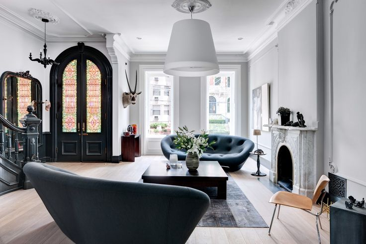 This Brownstone Is A Study In Neutrals