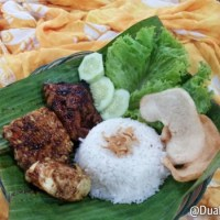 Ayam Bakar Coklat--a chicken with a chocolate