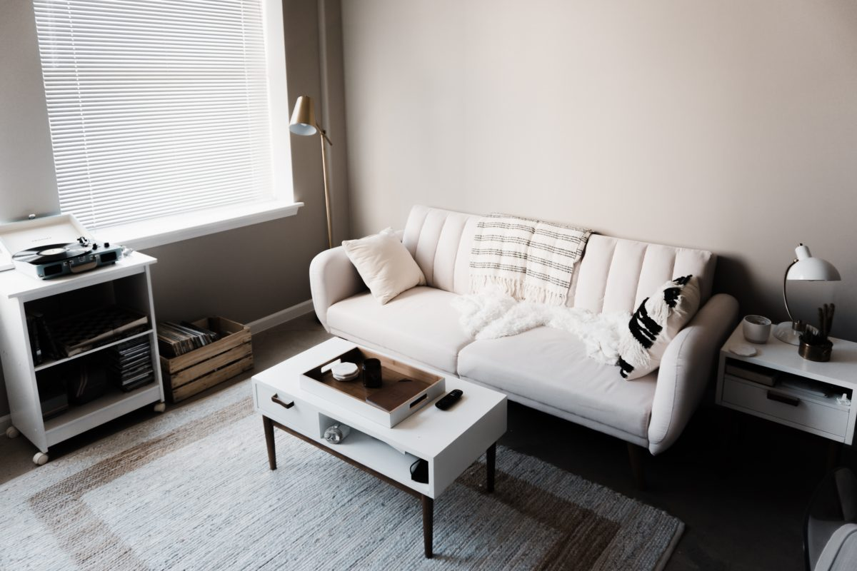 Overwhelmed? 9 Quick Tips for Keeping Your Home Feeling Serene and Organized.