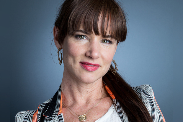 "Fun! Actor Juliette Lewis Talks about ""The Happiness Project"" in Us Weekly Magazine."