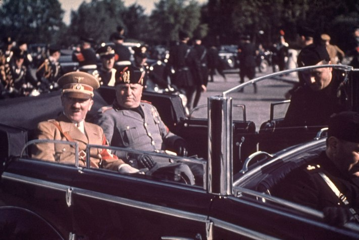 Hitler and Mussolini: Color Photos of Chummy Warmongers   TIME